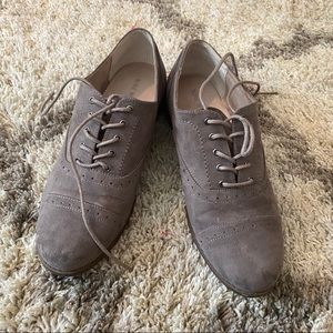 Grey/taupe oxfords